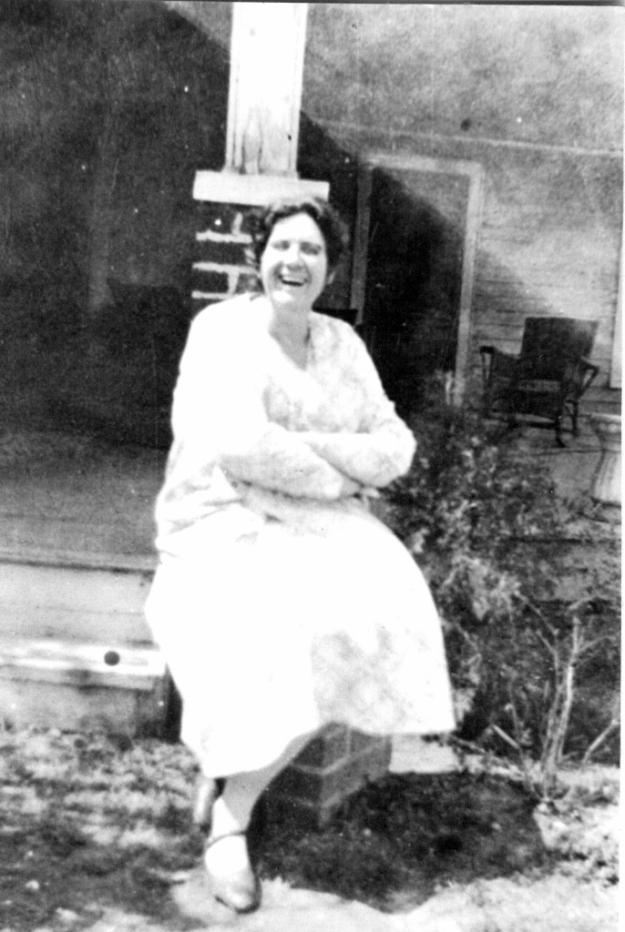 Mary E. Reese 1928 (686x1024)
